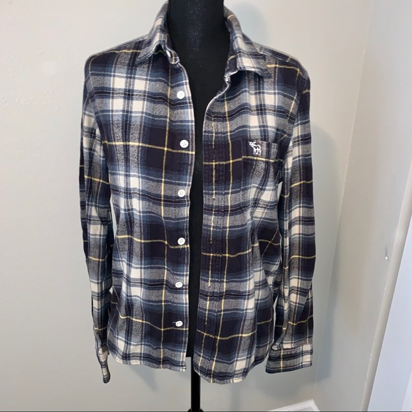 Abercrombie & Fitch Other - Plaid flannel shirt button-up silhouette style
